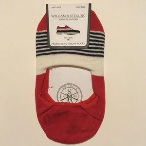 Other - NWT William & Sterling no-show socks